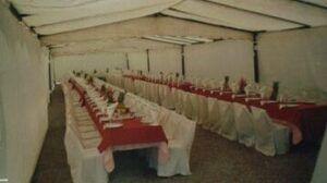 mesas y sillas para fiestas